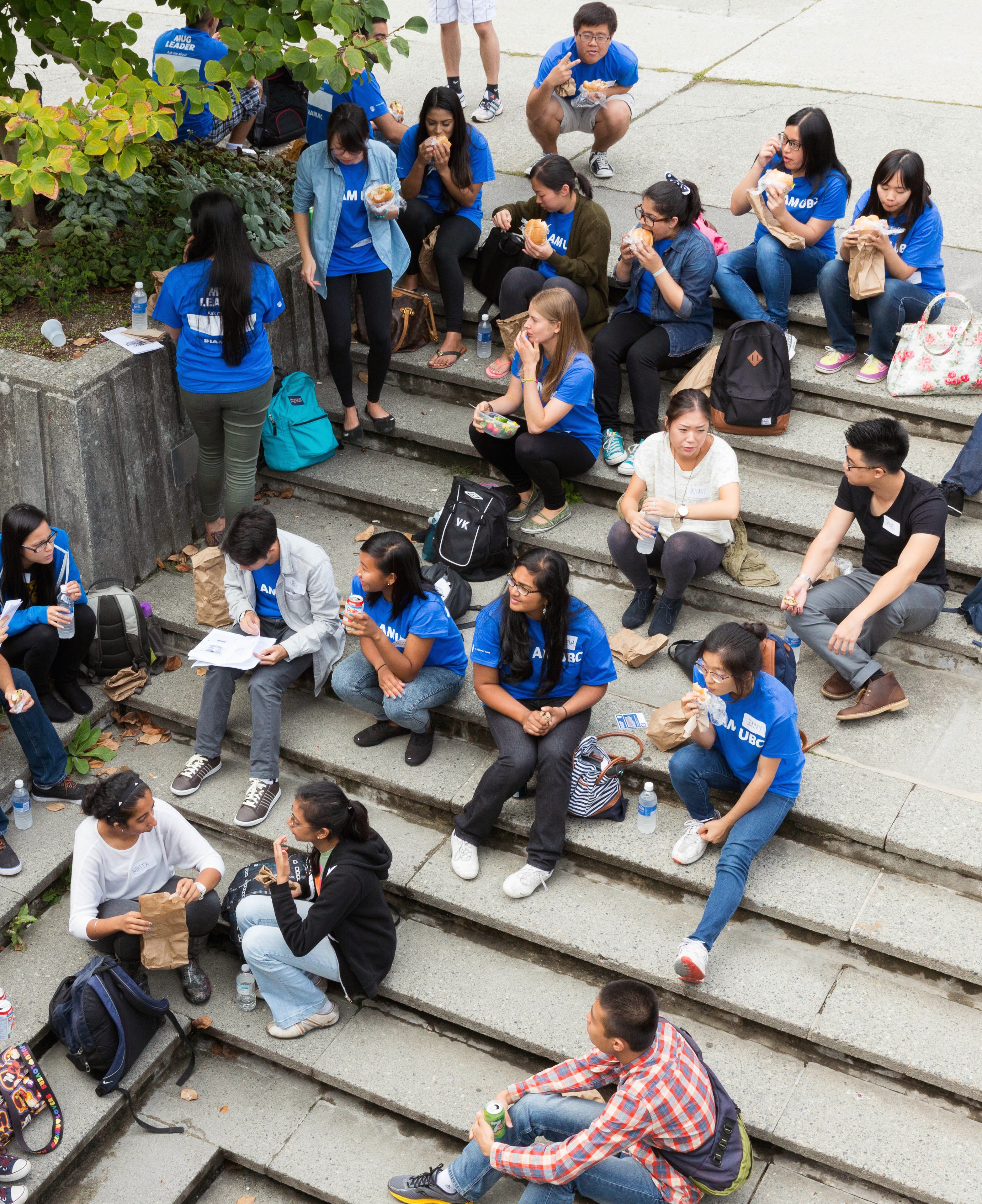 Groupe d'étudiants. (c) Ting