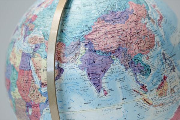 Le globe.